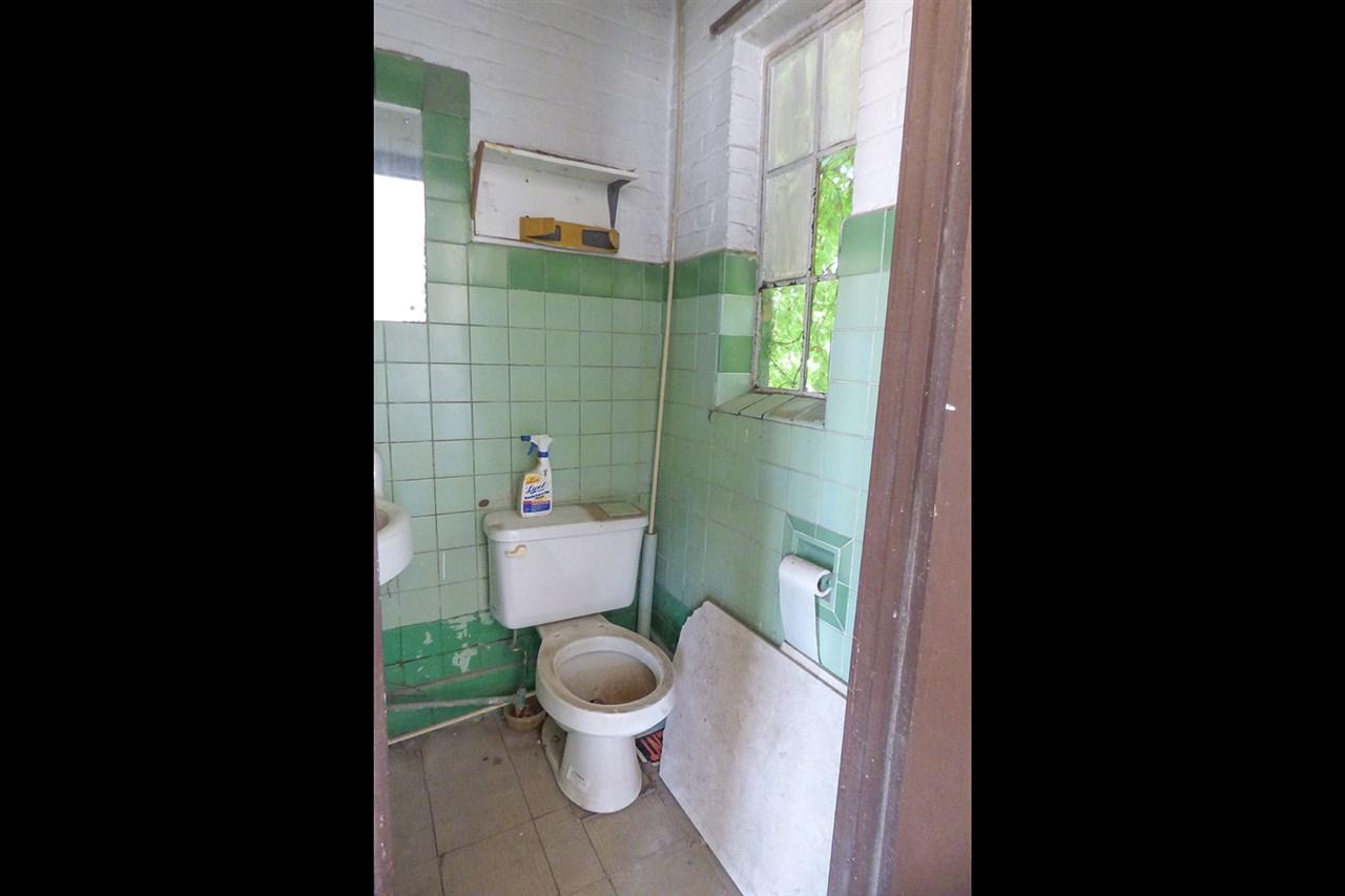 For Sale: 509 S WASHINGTON AVE, Wellington KS