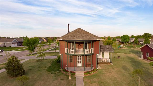 For Sale: 808  Koehn ave, Moundridge KS