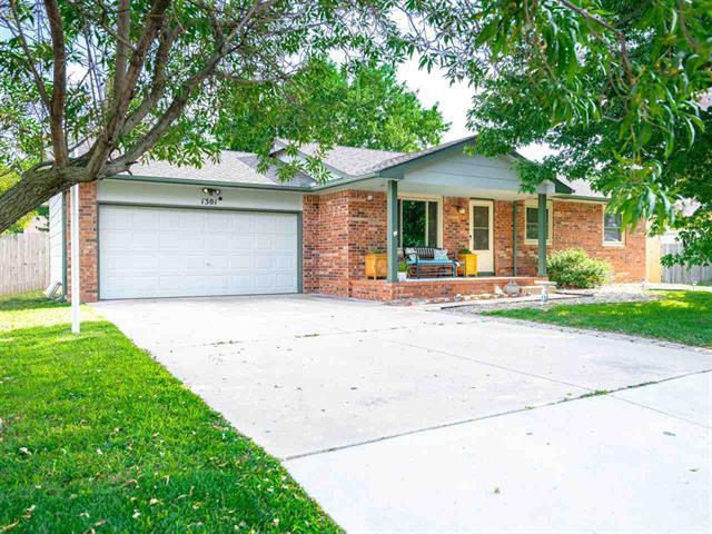 For Sale: 1301 E Dirck St, Haysville KS