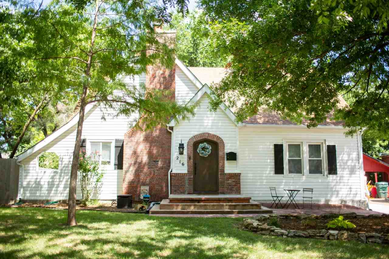 4 Bed/2 Bath College Hill Tudor within walking distance of all your favorite College Hill amenities.
