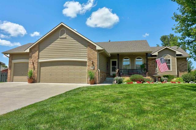 For Sale: 606  Autumn Rdg, Newton KS