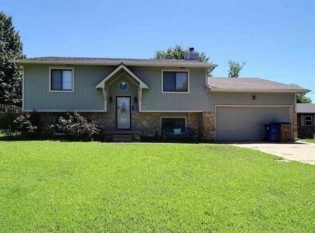For Sale: 117 E NORTH POINT DR, Derby KS
