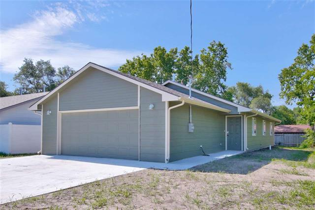 For Sale: 441 E 15th, Augusta KS
