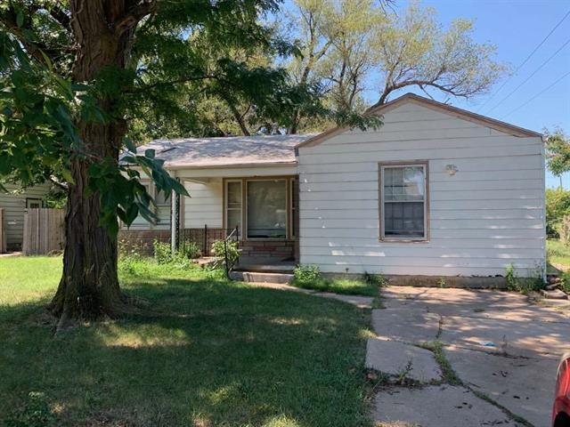 For Sale: 1601 S Faulders Ln, Wichita KS