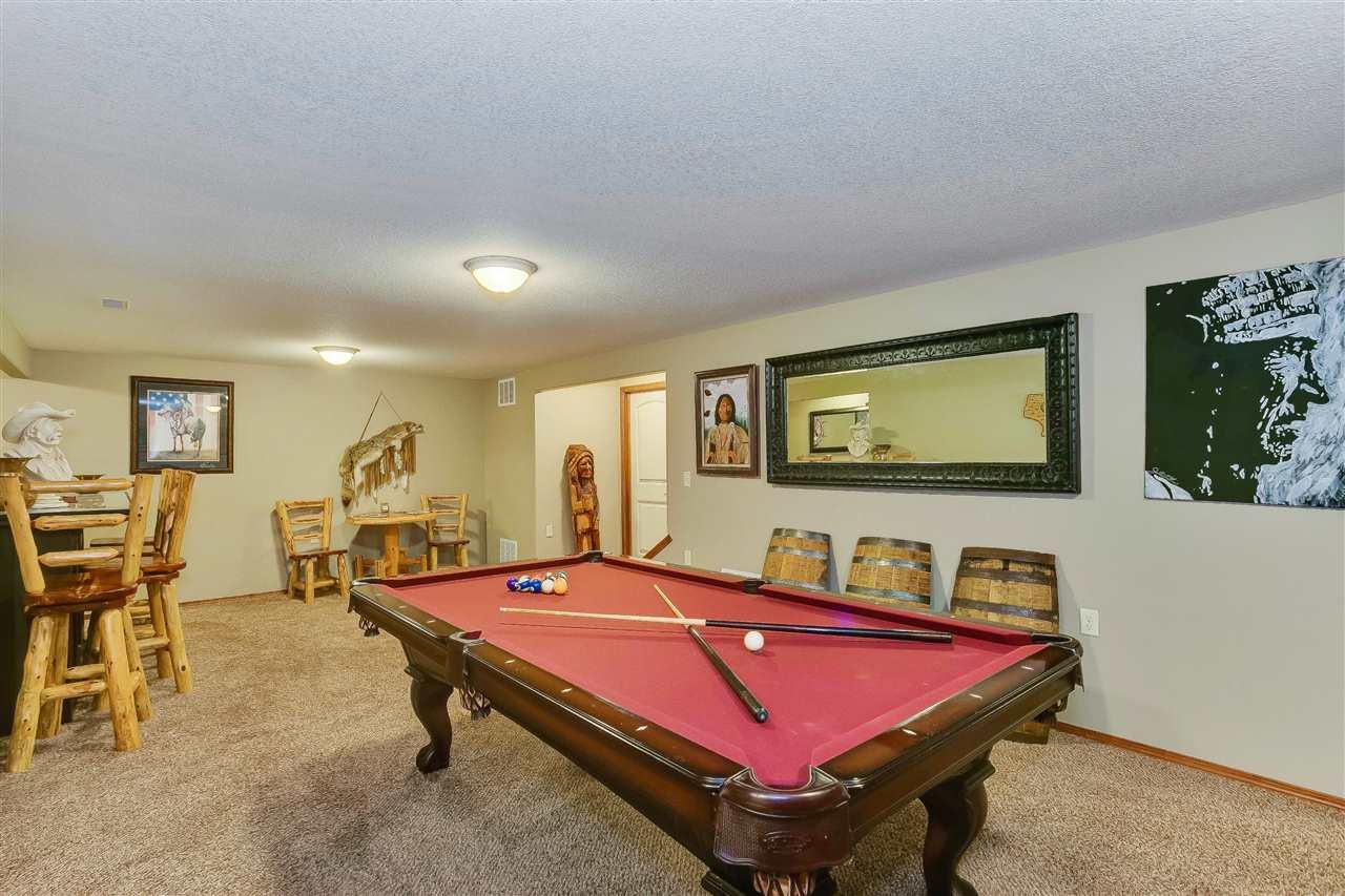 For Sale: 1509 W HICKORY ST, Haysville KS