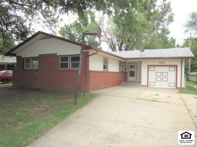 For Sale: 1121 W 29th St S, Wichita KS