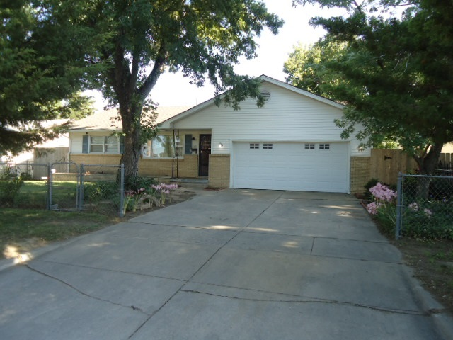 For Sale: 1113 W Crawford, Wichita KS