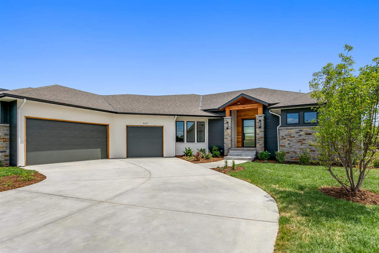 For Sale: 1444 N Shadow Rock Dr, Andover KS