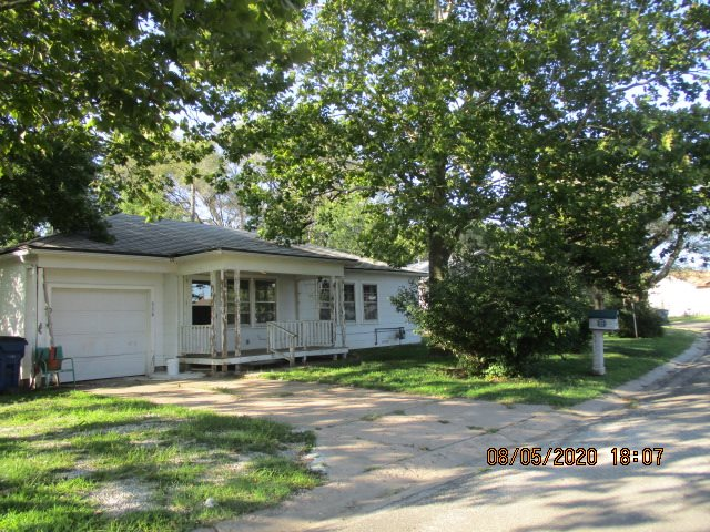 For Sale: 516 E Violet St, Potwin KS