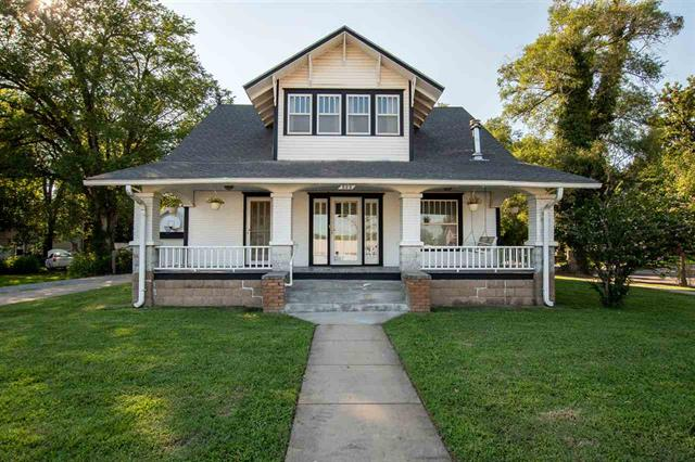 For Sale: 523  Santa Fe St, Augusta KS