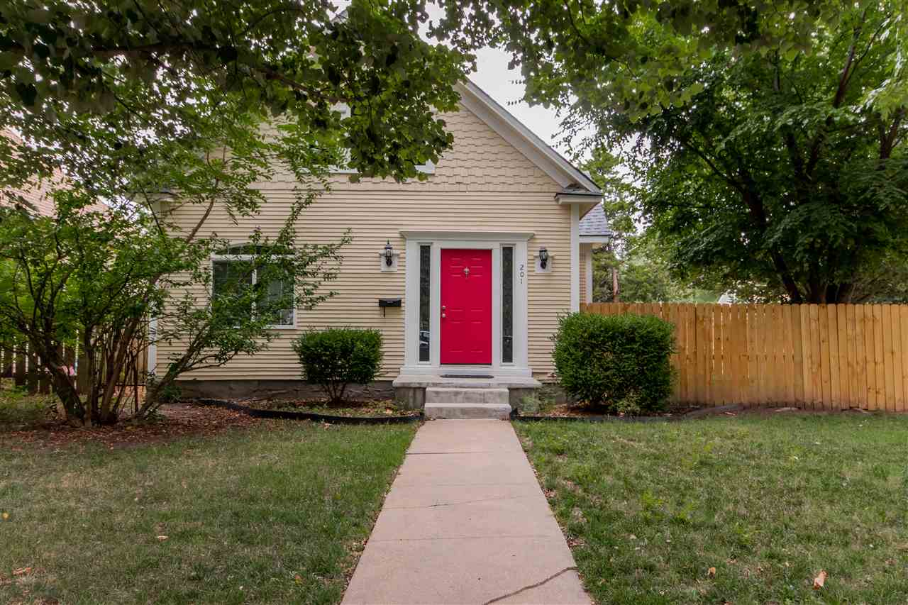 Wow - this one is sure to go quickly. This 3 bed 1 bath home is situated on a wonderful corner lot!