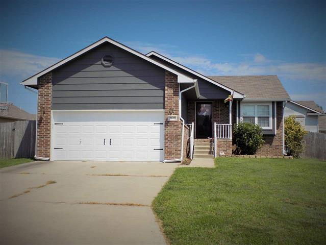 For Sale: 2612 N MAINSGATE DR, Augusta KS