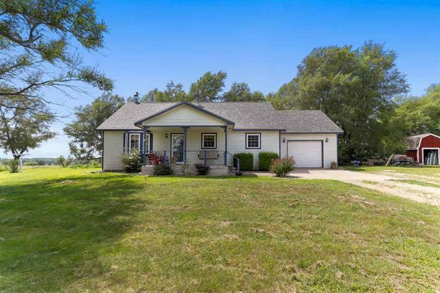 For Sale: 5215 E 17th Ave, Hutchinson KS