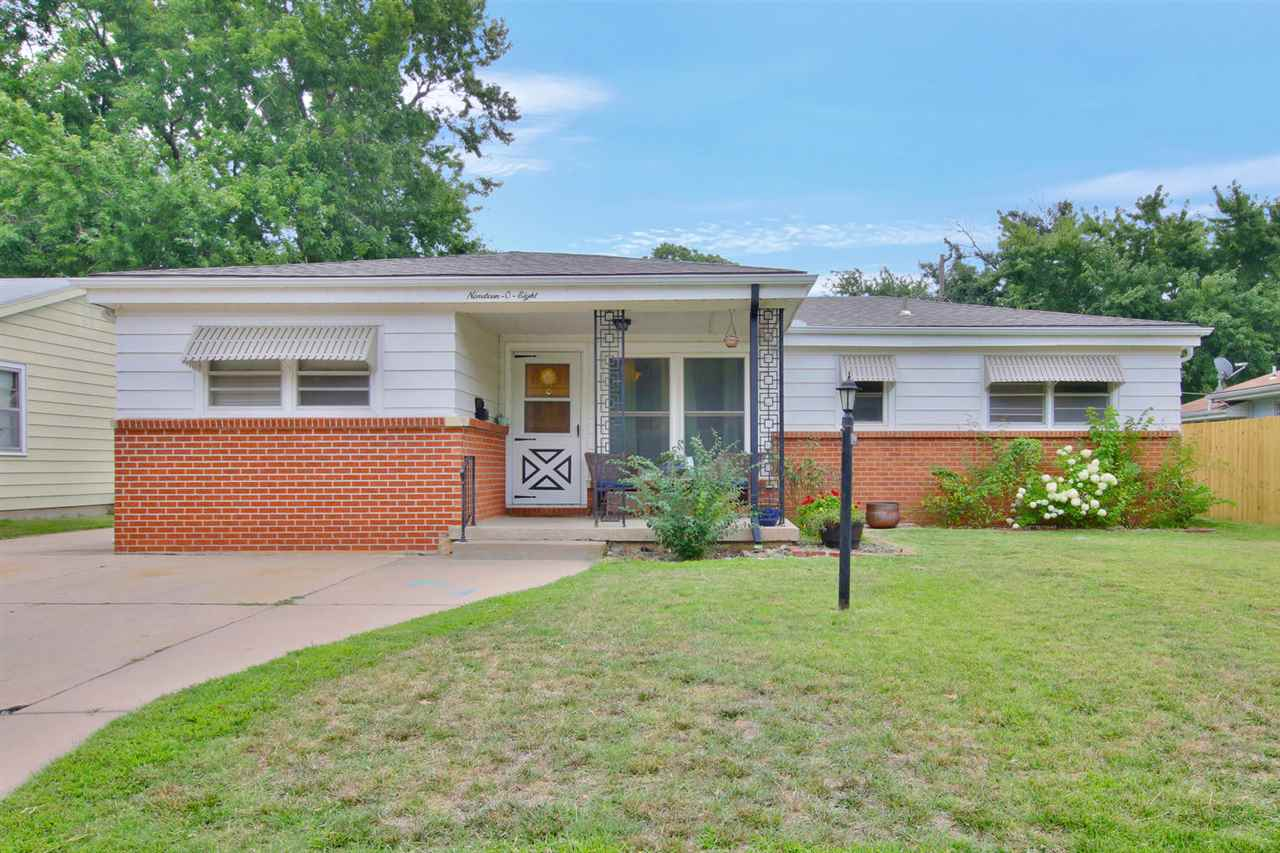 This adorable home is a must see! 3 bedroom, 1 bathroom home in a charming and friendly neighborhood