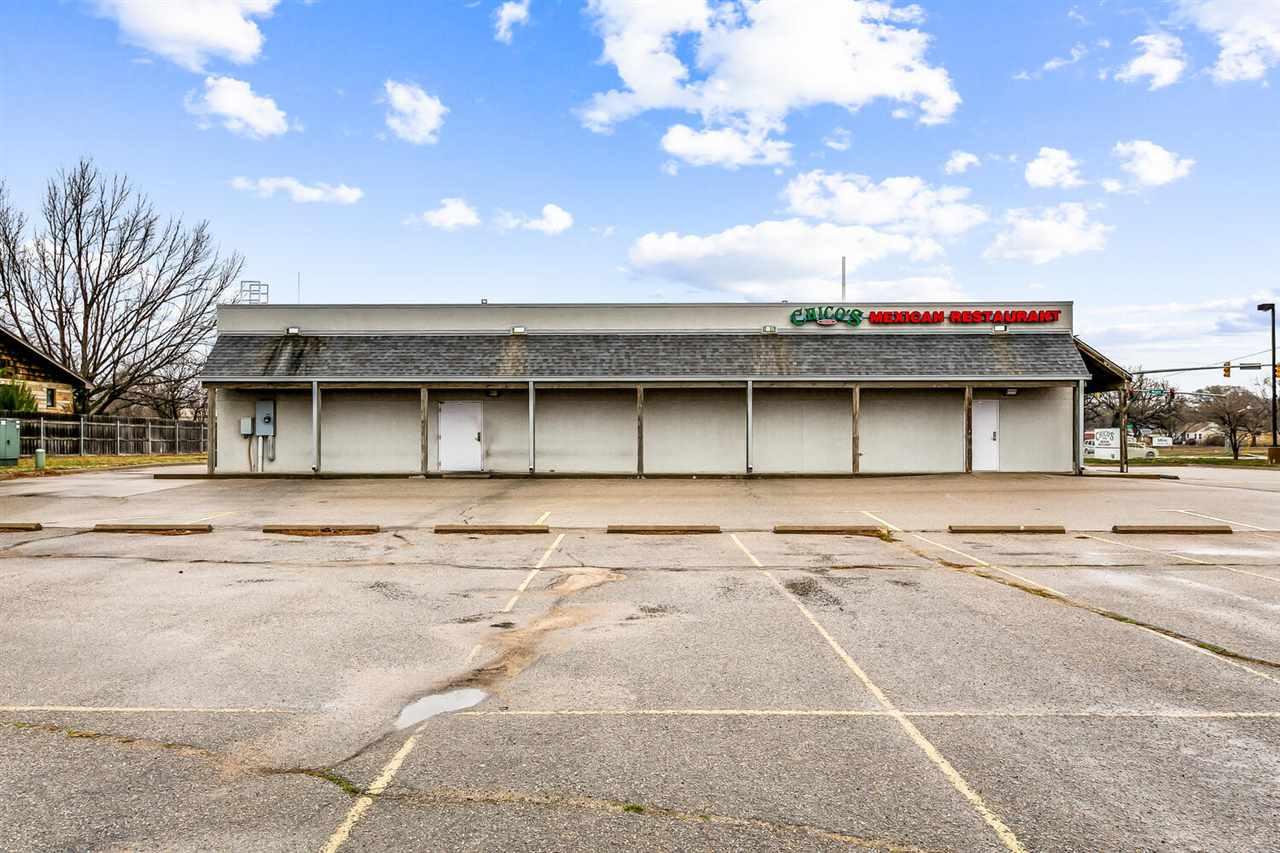 For Sale: 4407 W MAPLE ST, Wichita KS