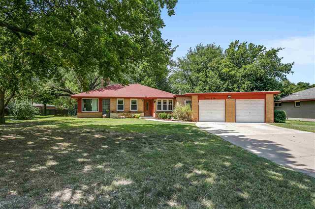For Sale: 1301 N Minisa Dr, Wichita KS