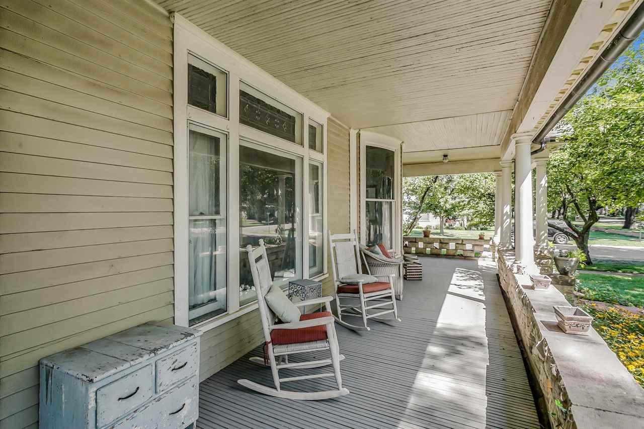For Sale: 511 N Franklin Ave, Sedgwick KS