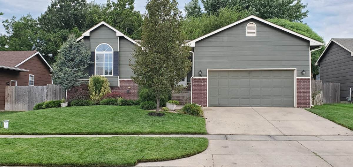 Welcome home to this updated 4 bedroom 3 bath  home in the desirable Maize school district. This hom
