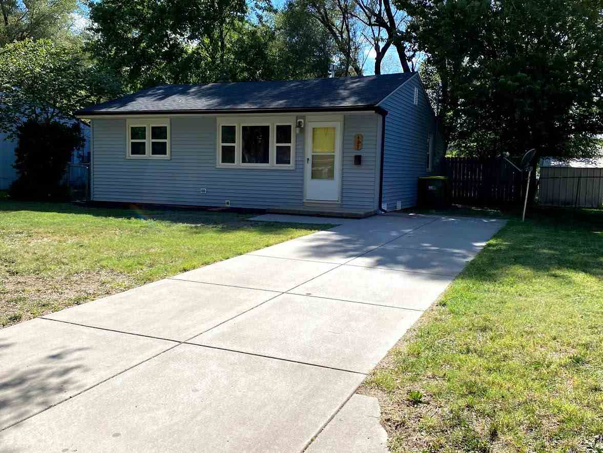 Great 2 bedroom, 1 bath in Valley Center, KS. Completely refinished! This ranch has hardwood floors,