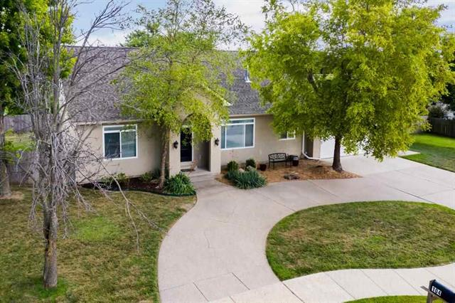 For Sale: 104 S Bentwood Dr, Rose Hill KS