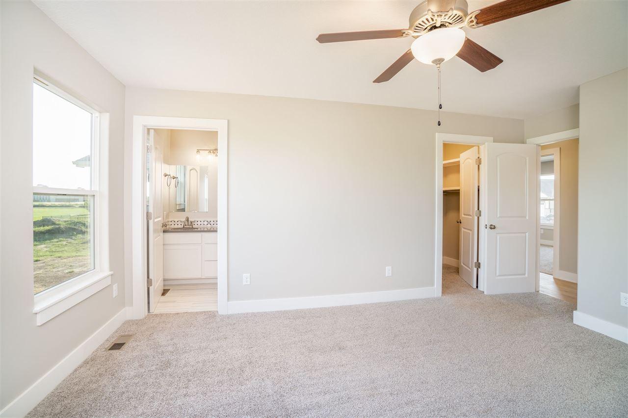For Sale: 1104 E Park Glen St, Clearwater KS