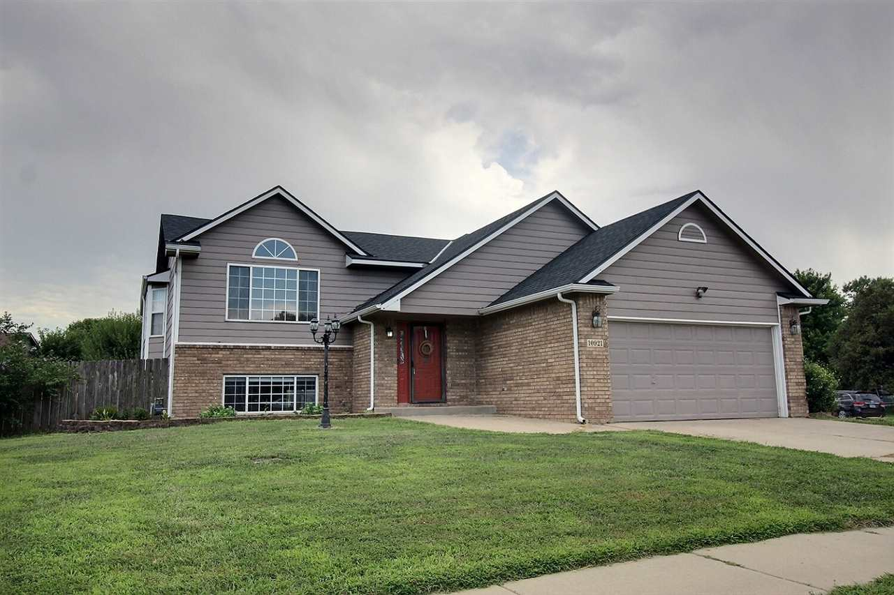 Exciting new listing in Goddard school district! 5 bedroom, 3 bath home on large corner lot has priv
