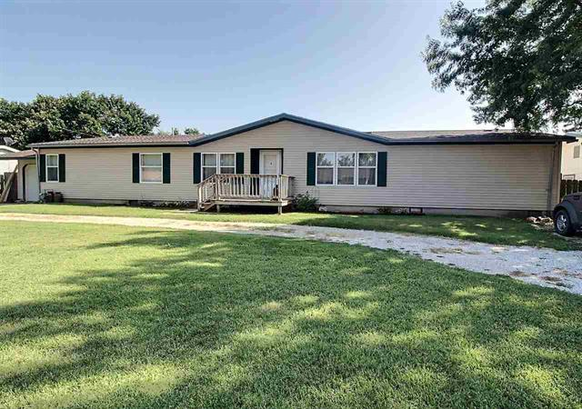 For Sale: 1120 E 10TH ST, Wellington KS