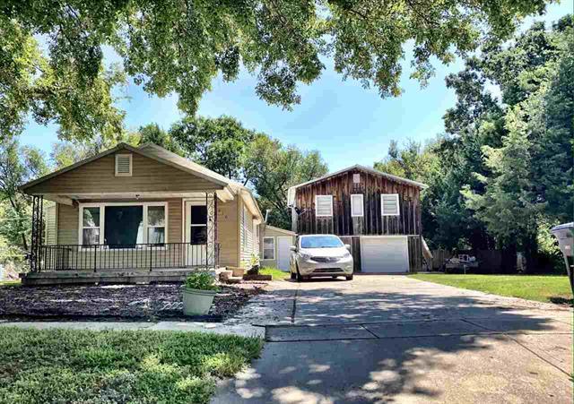For Sale: 910 S Emporia St, El Dorado KS