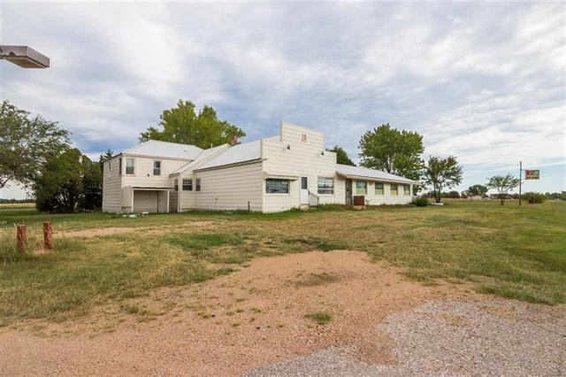 For Sale: 7015 S 183rd St W, Viola KS