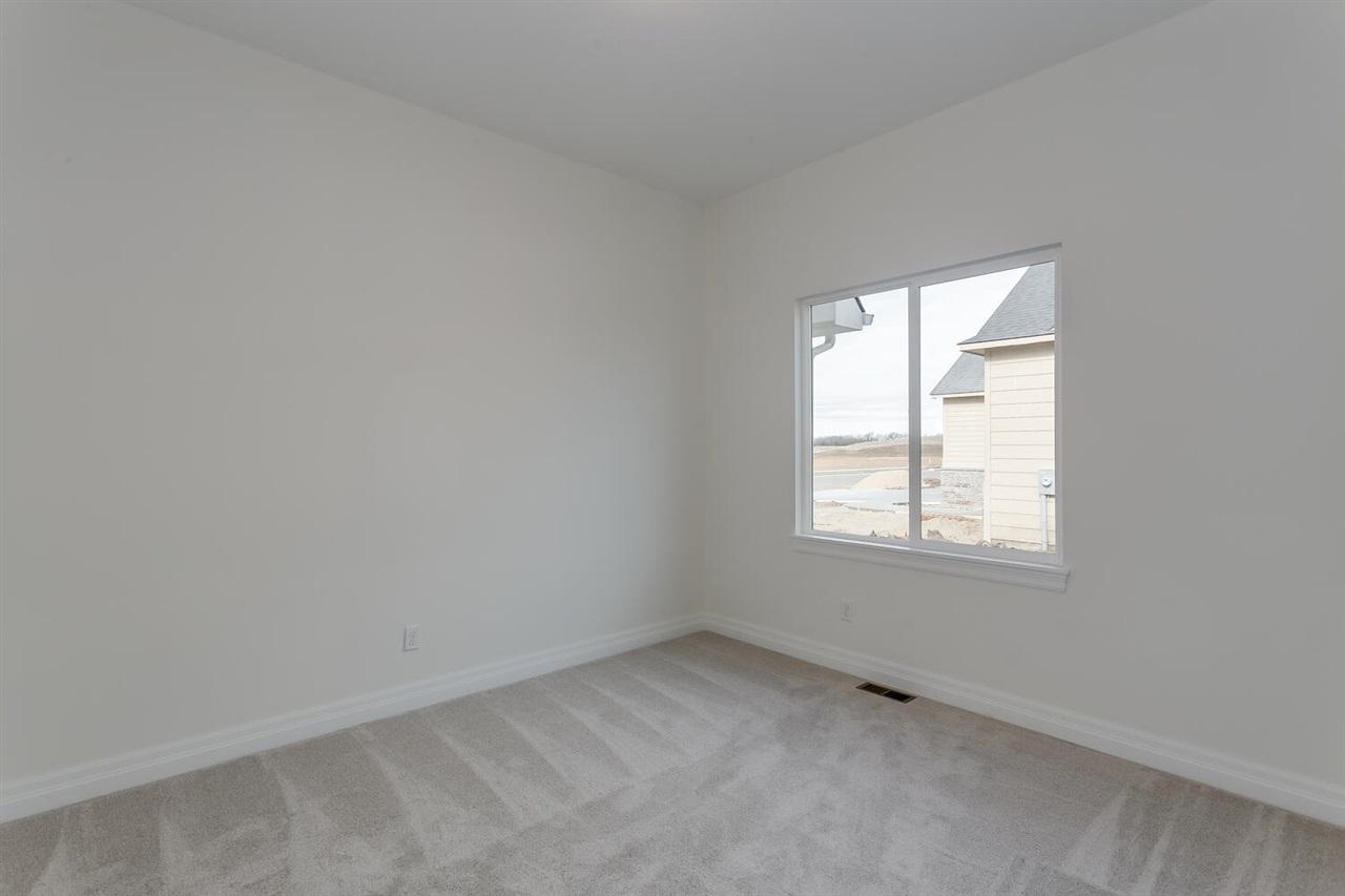 For Sale: 190 Ciderbluff, Wichita, KS, 67052,