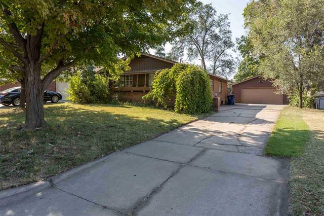 For Sale: 7515 E Indianapolis St, Wichita KS