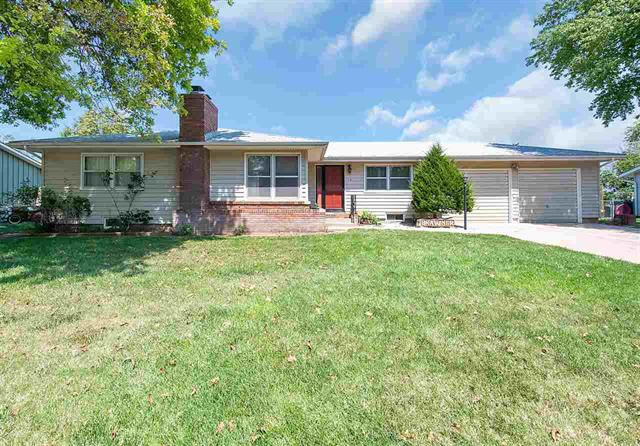 For Sale: 10 E Salina Dr, Haven KS