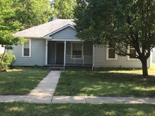 For Sale: 407 W 6th St, Newton KS