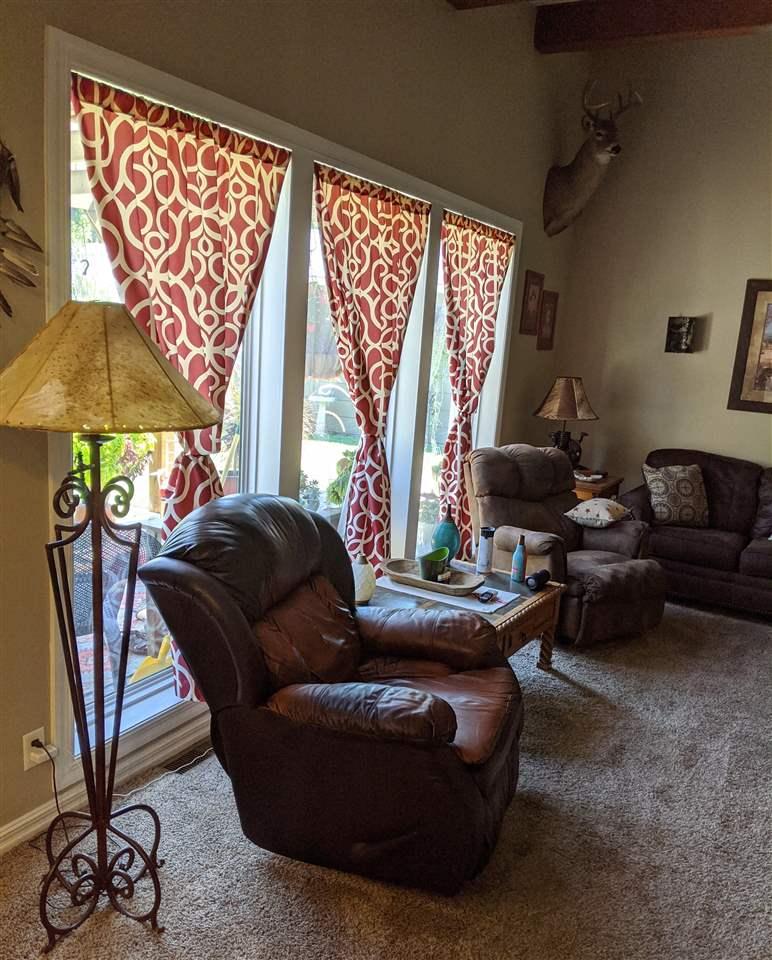 For Sale: 8  Easy St, Winfield KS