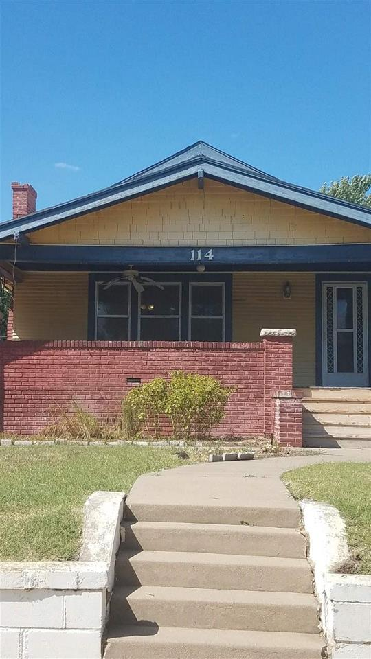 For Sale: 114 W 17th Ave, Hutchinson KS