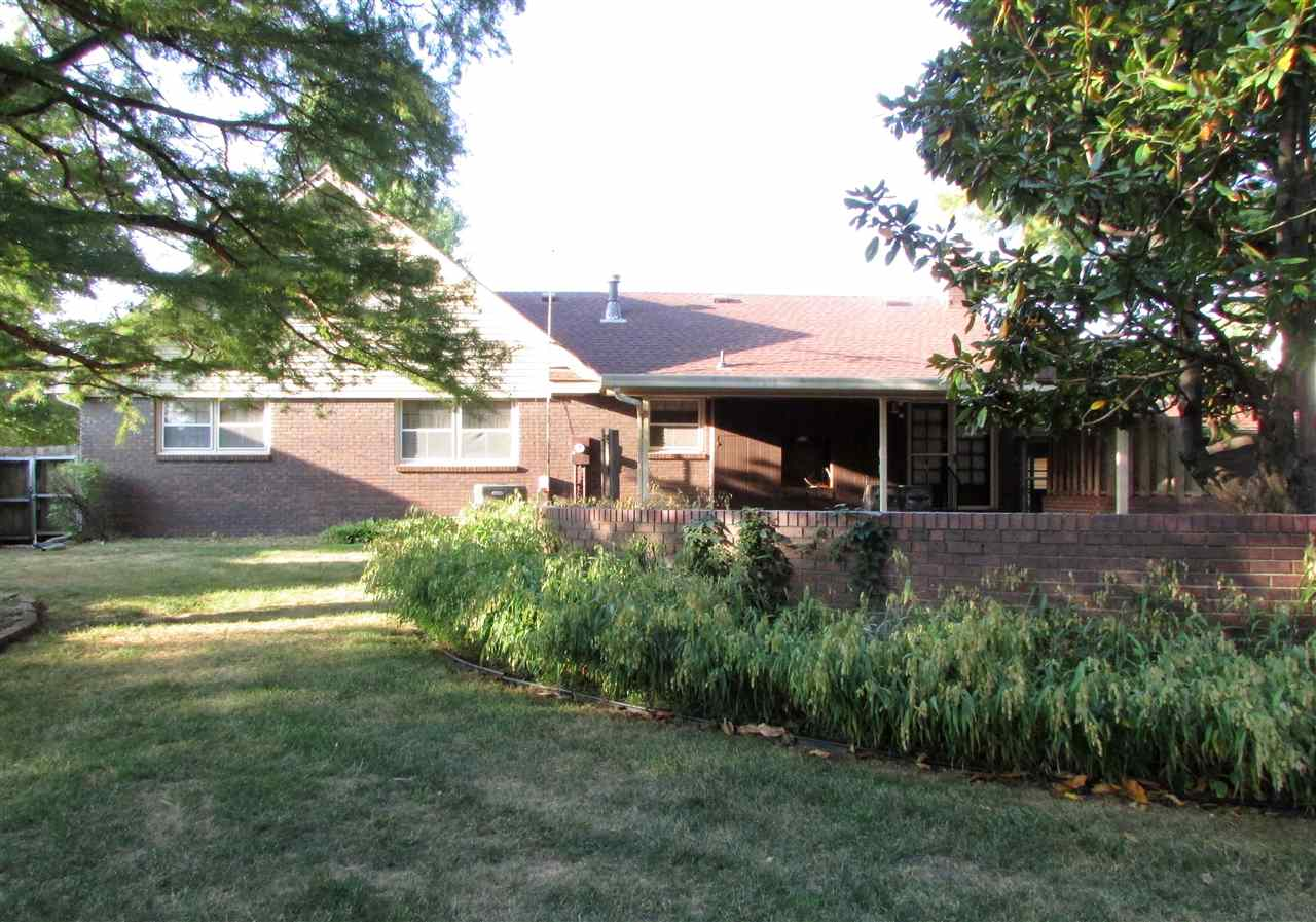 For Sale: 2902 W River Park Dr, Wichita KS
