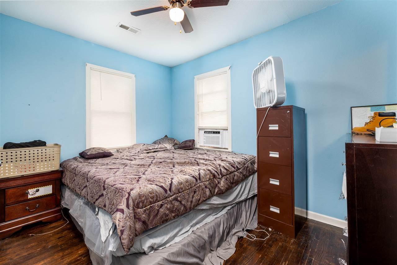 For Sale: 912 N GROVE ST, Wichita KS