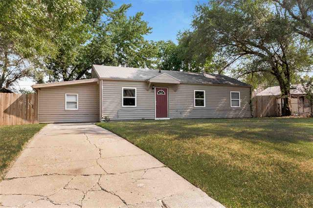 For Sale: 1526 E Evanston St, Park City KS