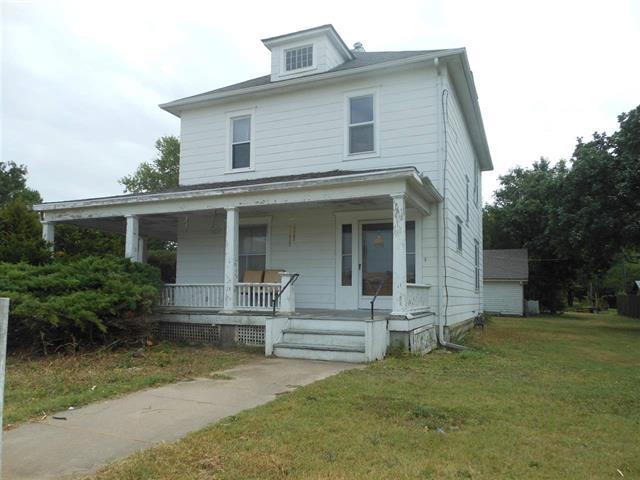 For Sale: 1023 E 1st St, Newton KS