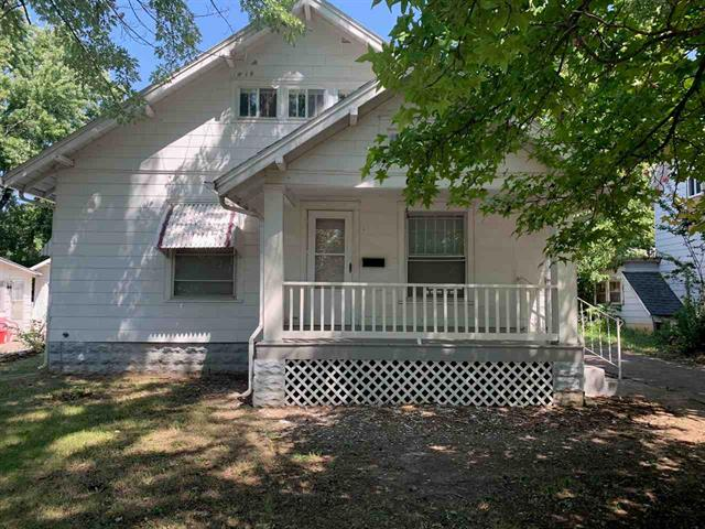 For Sale: 618 E 16TH AVE, Winfield KS