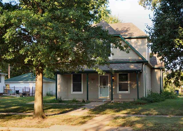 For Sale: 124 S 8th St, Conway Springs KS