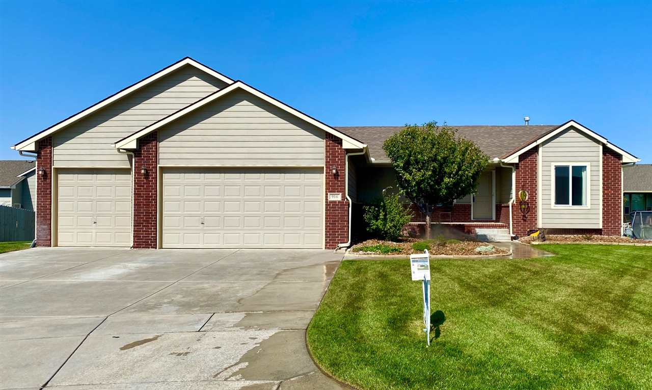 Beautiful Curb Appeal! 5 bedroom, 3 Bath, Over-Sized 3 car garage with a 30' 3rd Car Stall & 8' Tall Garage Doors! View Out Finished Basement with a HUGE Rec Room!  Covered Deck, Large Patio that extends the length of the house. Sprinkler, Irrigation Well and Much More!