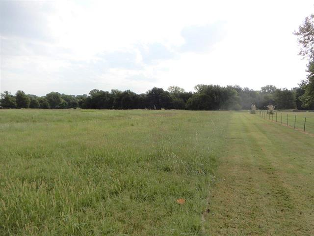 For Sale: 800 N Lord Road, Parkerfield KS