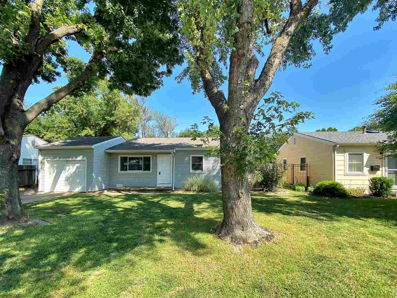 A well done home in Haysville! Three bedroom and one bathroom with a skylight. Laminate flooring thr