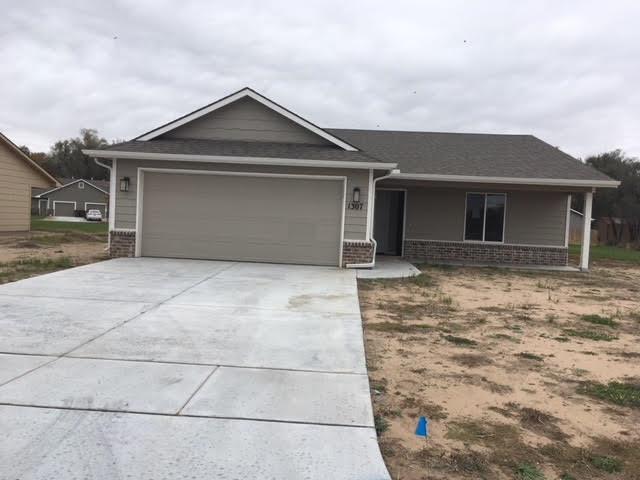 For Sale: 1307 E Maywood St, Wichita KS