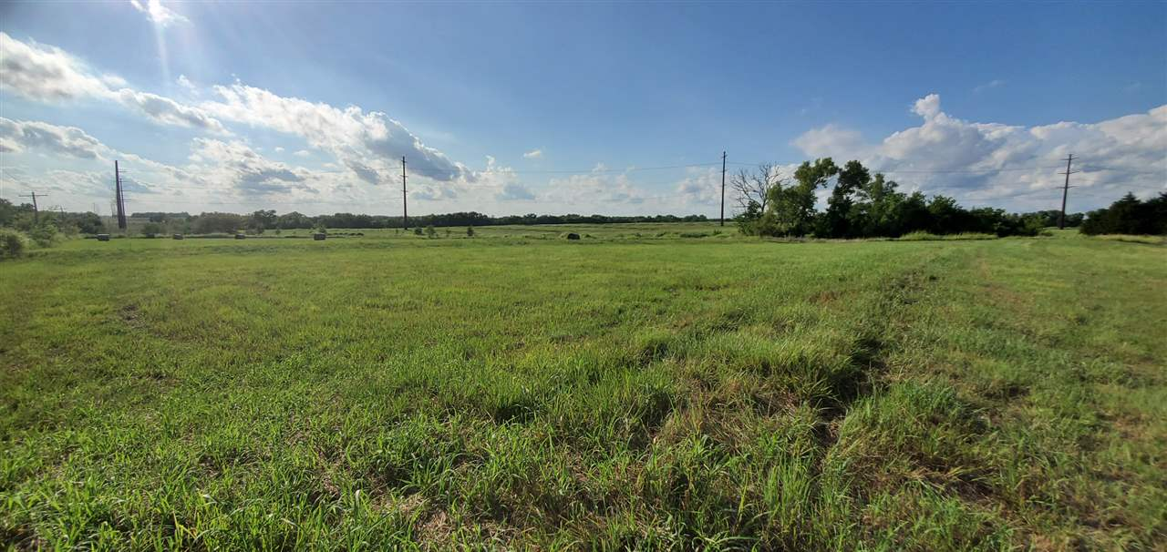 17 acres of rolling, pasture land that would make the perfect building site or just a place to escape the city and enjoy this quiet country setting. The property is located just off of K-15 between Mulvane and Udall. Take 42nd road west past the first home. Sign will be located on the southeast corner of the acreage.  This tract of land has a lot of character and is a beautiful setting. Call agent for details.