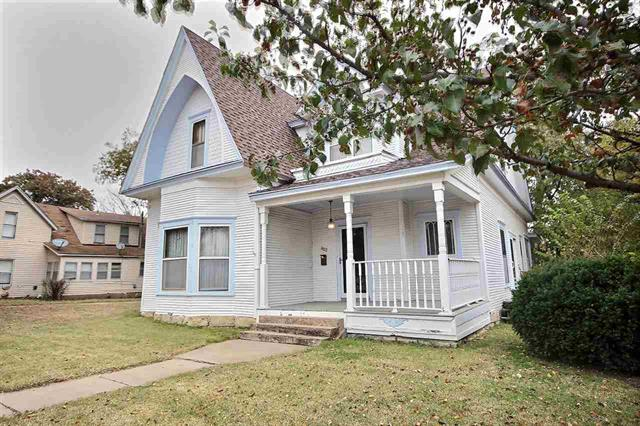 For Sale: 802  STATE ST, Augusta KS