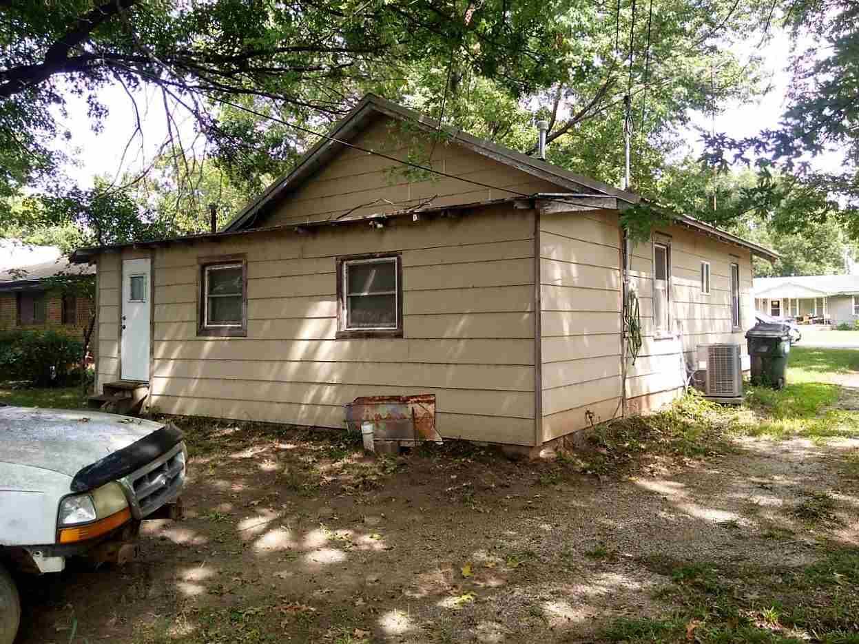 For Sale: 209 S Kansas St, Oxford KS