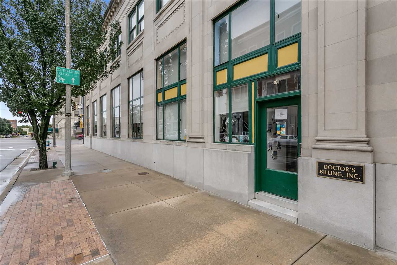 For Sale: 901  Main St, Winfield KS