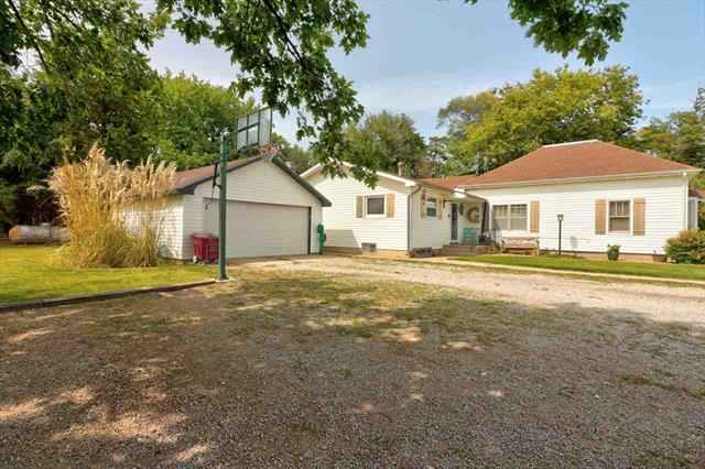 For Sale: 467  1st Ave, Inman KS
